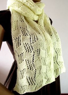 Knitting Pattern for Cool Breeze Shawl or Scarf - Love the unusual lace pattern of this wrap!  See more info on Etsy http://www.awin1.com/cread.php?awinaffid=234273&awinmid=6220&p=https%3A%2F%2Fwww.etsy.com%2Flisting%2F400796783%2Fknitting-pattern-shawl-scarf-shawlette    forme tba
