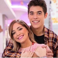 Pili pascual y el purre Shows On Netflix, Netflix Series, Tv Series, Imaginer Des Dragons, Love Of My Live, Bff Pictures, Actors, Live For Yourself, Celebrity Photos