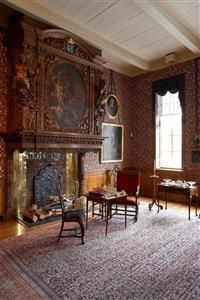https://i.pinimg.com/236x/73/3c/58/733c5848a5e01b021212c21193dfad0b--monument-national-castle-interiors.jpg