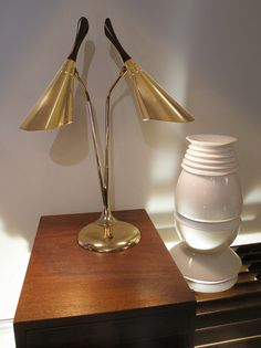 Mid Century Laurel Lamp