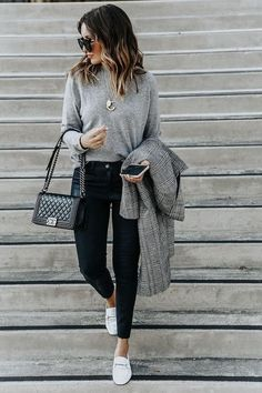 99 Cool Work Outfit Ideas With Loafers – outfit.tophaarmodelle 99 Cool Work Outfit Ideas With Loafers – outfit.tophaarmodelle 99 Cool Work Outfit Ideas With Loafers… Casual Friday Work Outfits, Simple Fall Outfits, Winter Outfits For Work, Work Casual, Stylish Outfits, Office Outfits, Office Attire, Smart Casual, Semi Casual
