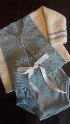 CHAQUETA BEBÉ TEJIDA EN VERTICAL | El castillo de lana Knitting Stiches, Baby Knitting Patterns, Knitting Designs, Hand Knitting, Beautiful Children, Crochet, Lana, Sewing, Sweaters