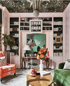 Bold Living Room, Home And Living, Living Room Decor, Living Rooms, Retro Home Decor, Cheap Home Decor, Interior Design Inspiration, Room Inspiration, Monday Inspiration