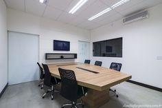 Sala de reunião - Projeto Corporativo Empresa: Going 2 Mobile  Autora do Projeto: Arq Cláudia F Ferreira Local: Votorantim SP Data: 2015 Foto: Rui Antunes  www.claudiafarquitetura.com.br