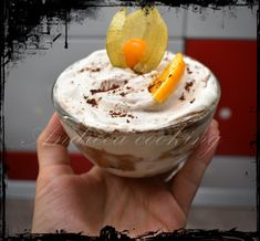 O reteta rapida de tiramisu, fara oua. Tiramisu, Ice Cream, Desserts, Food, No Churn Ice Cream, Tailgate Desserts, Deserts, Icecream Craft, Essen