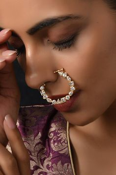 Traditional Indian Jewellery, Indian Jewelry, Nose Ring Jewelry, Nose Rings, Diamond Nose Ring, Bridal Nose Ring, Bride Sister, Necklace Sizes, Luxury Jewelry