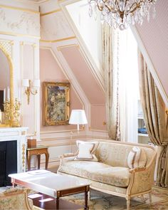 Things to Watch Out for When Taking a Sofa Set- Page 34 of 43 - Home & Garden interior and Design Club Living Room Designs, Living Room Decor, Bedroom Decor, Living Rooms, Glamour Living Room, Cosy Apartment, French Country Living Room, French Decor, Sofa Set