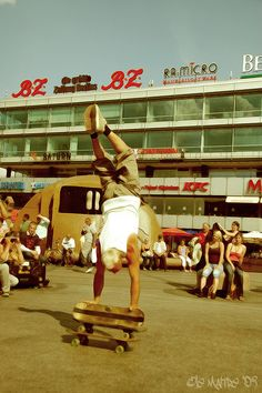 acrobatics by le Maître, via Flickr