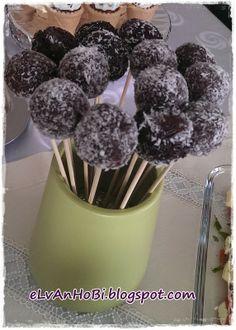 Kakaolu Toplar (truffles) ~~ Cocoa Balls