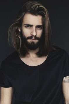 We discuss the quickest and most effective way that men can grow out longer hair whilst keeping it healthy and smart.