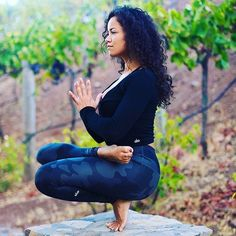 """""""What you think, you become. What you feel, you attract. What you imagine, you create."""" ~ Buddha ✨✨ #yogapose : @nayitavp via @aloyoga"""