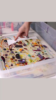 Art Discover Easy Marbling by Josie Lewis - Malerei Tipps - Art For Kids Crafts For Kids Arts And Crafts Art Videos For Kids Middle School Art Art School Art Lessons Elementary Process Art Preschool Art Paper Art, Paper Crafts, Crafts For Kids, Arts And Crafts, Art Classroom, Projects For Kids, Summer Art Projects, Recycled Art Projects, Teaching Art