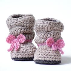 Crochet Pattern 217 Baby Slouch Boot Mia by TwoGirlsPatterns