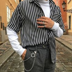 Korean Fashion Trends you can Steal – Designer Fashion Tips Fashion Mode, Fashion Killa, Look Fashion, Korean Fashion, Fashion Trends, Classic Fashion, Street Fashion, Mode Outfits, Fashion Outfits