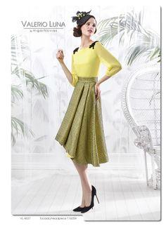 Un toque de amarillo para tu vestido de fiesta #Entrebastidores http://blog.higarnovias.com/2015/11/17/vestido-de-fiesta-2/