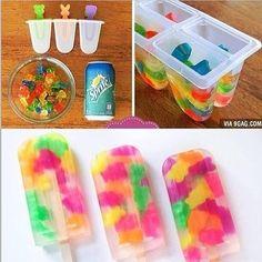 What u need ☀Gummy bears ☀Sprite ☀Popsicle maker ☀Popsicle sticks Steps Put gummy bears in Popsicle make Pour in sprite Put in the Popsicle sticks Freeze enjoy ~Carly