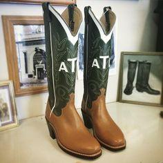 More boots. #beckcowboyboots #beckboots #customboots #boots #cowboyboots #handmadecowboyboots #madeintexas
