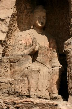 Seated Buddha in the Yungang Grottoes, Cave 19 (460 – 470 CE), 16.8 meters tall, is the second tallest at Yungang.