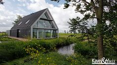 Living on the flat lands of Holland Architecture Building Design, Beautiful Architecture, Residential Architecture, Gable House, Modern Prefab Homes, Rural House, Barns Sheds, Weekend House, Property Design