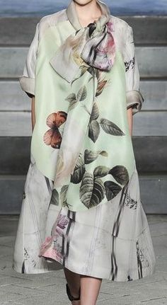 gorgeous fabric... could be some kind of maternity wear...