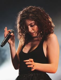 Lorde Lorde Pure Heroine, Top Singer, Pusha T, The Love Club, Music Charts, Lesbian Pride, Song List, Billboard Hot 100, Hottest 100