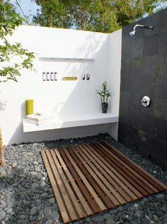 clean outdoor bath with shower