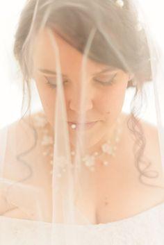 Les préparatifs de Laura !! 💍👰🏻 www.thepixelart.fr - Photographe de mariage 💌 thepxart@gmail.com Facebook : thepxart #wedding #mariage #photographe #var