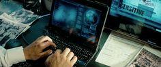 Lenovo X200 laptop in TRANSFORMERS: DARK OF THE MOON (2011) @lenovous