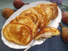Tradycyjna kuchnia Kasi: Drożdżowe racuchy z gruszkami