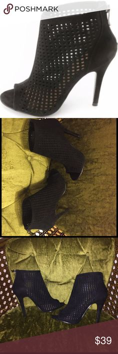 """Chinese Laundry Jamboree booties Color: Black Material: Regular Suede Upper And Man-Made Outsole Measurement: Shaft Measures 3"""", Circumference Measures 10"""" And 4.5"""" Heel Only tried on. Sold out in this size, 7. Chinese Laundry Shoes Ankle Boots & Booties"""