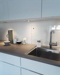 1,526 отметок «Нравится», 53 комментариев — @venke68 в Instagram: «l o v e l i e s t   d e t a i l s Good Evening 💗 #details #vipp #kitchen #kitcheninspo #design…»