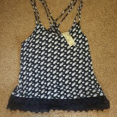 NWT top American Eagle top American Eagle Outfitters Tops Tank Tops