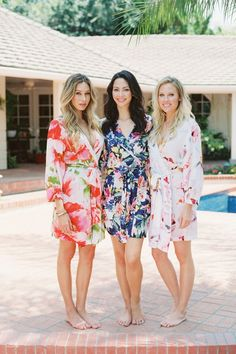 Bridesmaid Gifts Printed Bridal Bridesmaid Robes & Rompers via Plum Pretty Sugar / http://www.deerpearlflowers.com/printed-bridesmaid-robes-gifts/