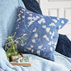 Quick and simple to do, sun printing is a fun way to get creative with pattern design. Bring the natural beauty of newly appearing shoots and fresh spring foliage into your home with this simple cushion craft idea.