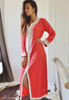 Saumon rose Caftan Maxi Dress-Karima Style-vêtements de détente, resortwear, resortwear, anniversaires, cadeaux de maternité ou lune de miel de printemps Caftan