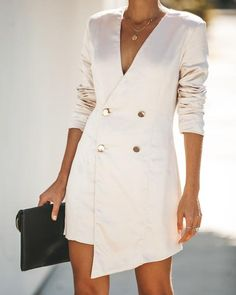 Smooth As Silk Double Breasted Blazer Dress - Champagne Fashion Mode, Work Fashion, Womens Fashion, Fashion Design, Look Blazer, Blazer Dress, Sequin Blazer, Best Street Style, Cool Street Fashion