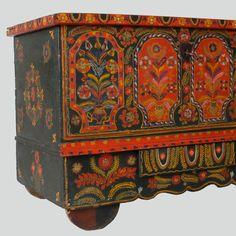 Skrzynia - Etnodizajn Wzornik / ENG: www.etnodizajn.pl... #etno #folk #inspirations Handmade Furniture - http://amzn.to/2iwpdj4
