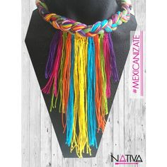 COLLAR TRENZADO Dog Jewelry, Fabric Jewelry, Jewelry Crafts, Handmade Jewelry, Diy Fashion, Fashion Jewelry, Diy Necklace, Crochet Necklace, Crochet Collar