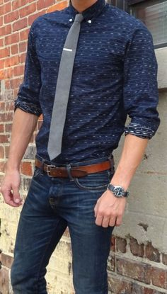 Some styles never go out of fashion, fitted jeans with patterned button up and tie