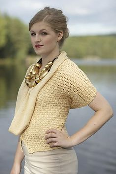 Ravelry: Variations pattern by Linda Marveng Model: Anna Pfeifer, hair & make up stylist: Line Sekkingstad, photographer: Kim Müller