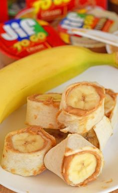 On-The-Go Peanut Butter and Banana Roll-ups recipe #JifSummerSnacking AD
