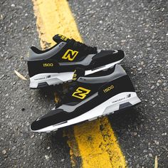 New Balance 1500-Black-Yellow-2