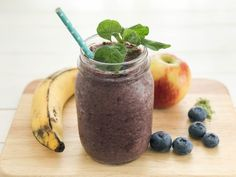 Your Lifestyle Magazine Wheat Grass Shots, Yummy Smoothies, Plant Based Protein, Baby Spinach, Vegan Vegetarian, Blueberry, Fruit, Healthy, Recipes