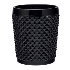 Heavily textured with a onyx black coating, these Dante Onyx Double Old Fashioned Tumblers allow your creative cocktail to stand out from the crowd.