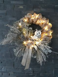 Christmas natur wreath with owl, burlap wreath, natur decor, decoration from jute