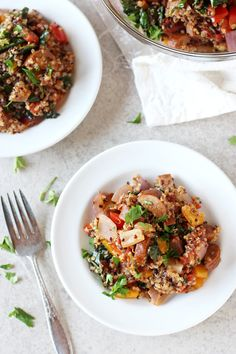 Recipe for weeknight cajun quinoa with sausage and kale. Filled with colorful veggies and plenty of spices, this easy meal is sure to please!