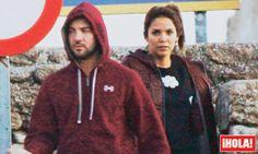 > La portada de 'HOLA' lo confirma... Bisbal y la escultural Rosanna Zanetti, están juntos | EXTRA VIP