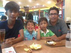 Joshua, Jordan, Jordie and me