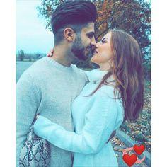 Romantic Couple Images, Love Couple Images, Love Couple Photo, Cute Love Couple, Cute Couple Pictures, Love Photos, Romantic Couples, Hand Pictures, Couple Pics