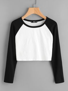 Shop Two Tone Raglan Sleeve Crop Tee online. SheIn offers Two Tone Raglan Sleeve Crop Tee & more to fit your fashionable needs. Teen Fashion Outfits, Mode Outfits, Fashion Clothes, Girl Outfits, Casual Outfits, Fashion Dresses, Women's Fashion, Fashion Black, Casual Dresses
